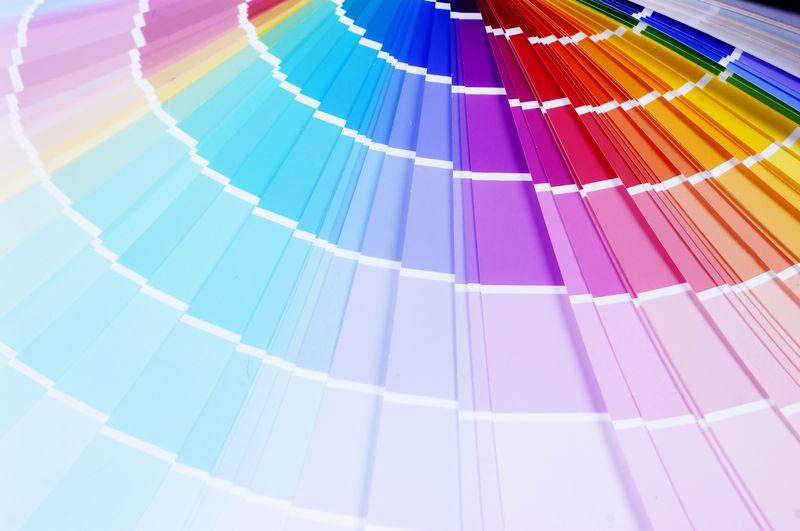 farbtyp bestimmen welcher farbtyp bin ich hukendu ratgeber. Black Bedroom Furniture Sets. Home Design Ideas